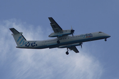 De Havilland Canada DHC-8-402Q Dash 8 (G-FLBB) on approach to Glasgow Airport