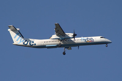 De Havilland Canada DHC-8-402Q Dash 8 (G-ECOD) on approach to Glasgow Airport