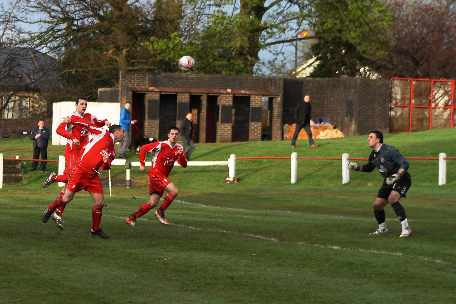 Colin Smith head over the Maryhill keeper, but the shot was cleared off the line