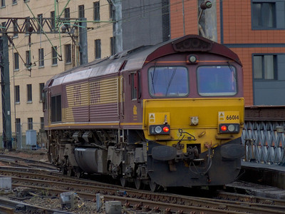 66014 arriving at Glasgow Central to collect the empty Caledonian Sleeper stock