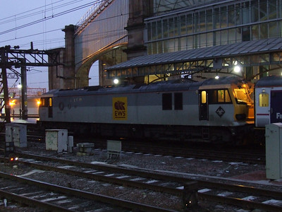 92019 Wagner at P9 to collect the empty Glasgow Central portion of the Caledonian Sleeper