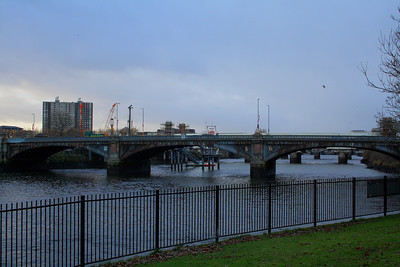 Albert Bridge as seen from Glasgow Green
