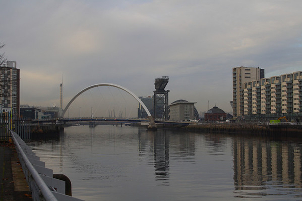 Clyde Arc, the Squinty Bridge, on a still day